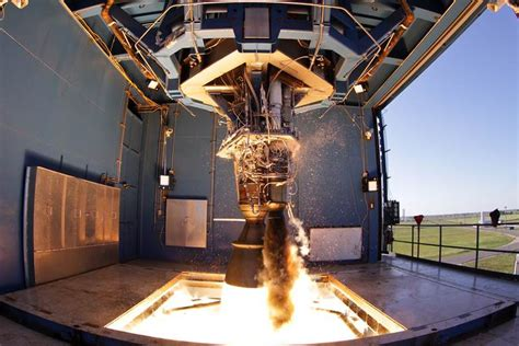 New SpaceX rocket generates 147,000 pounds of thrust in