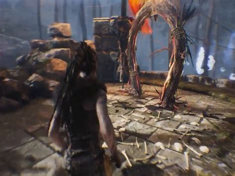 Find And Defeat Valravn God of Illusion - Hellblade