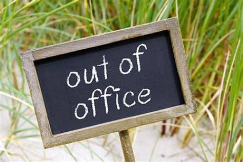Vacation Time? How to Craft an Effective Out-of-Office