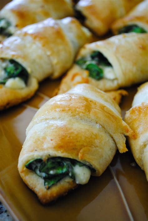 Cheesy Spinach Crescent Rolls   Cook'n is Fun - Food